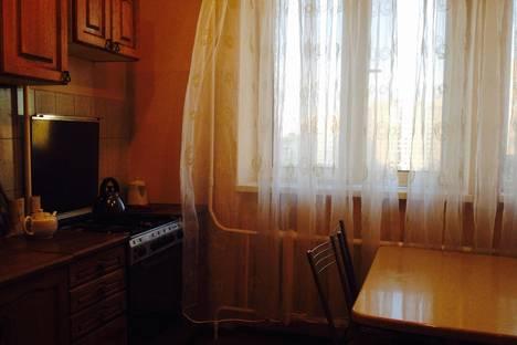 Сдается 2-комнатная квартира посуточно, площадь В.И.Ленина, 2.