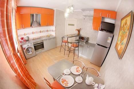 Сдается 2-комнатная квартира посуточно в Алматы, ул.Бальзака 8Б.