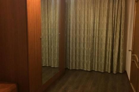 Сдается 2-комнатная квартира посуточно в Караганде, Алиханова 38/1.