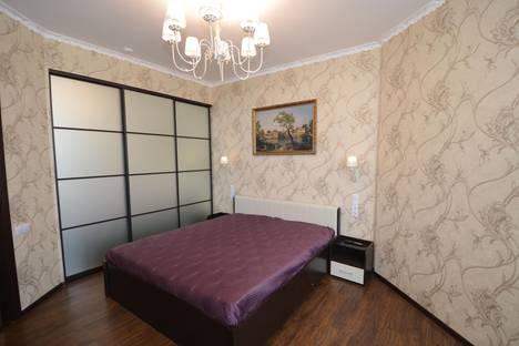 Сдается 2-комнатная квартира посуточнов Орджоникидзе, Черноморская набережная, 1-б.