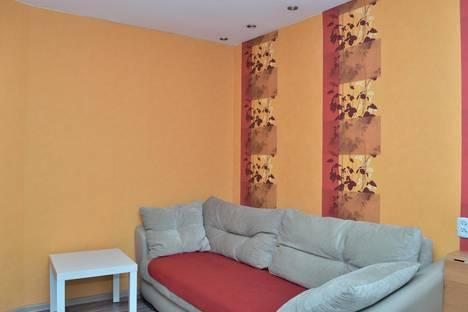 Сдается 2-комнатная квартира посуточно в Новосибирске, Ватутина, 65.