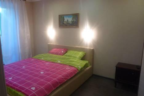 Сдается 2-комнатная квартира посуточно в Туле, Лейтейзина 3.