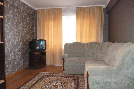Сдается 2-комнатная квартира посуточно в Туле, ул. Федора Смирнова, 7.