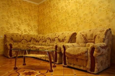 Сдается 3-комнатная квартира посуточно в Перми, ул. Луначарского, 51.
