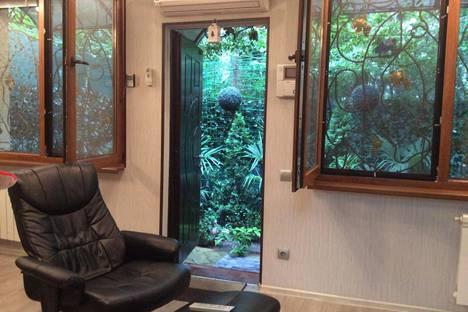Сдается 2-комнатная квартира посуточно в Партените, Солнечная ул., 10.