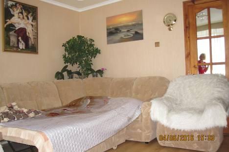 Сдается 2-комнатная квартира посуточно в Судаке, Ленина 98.