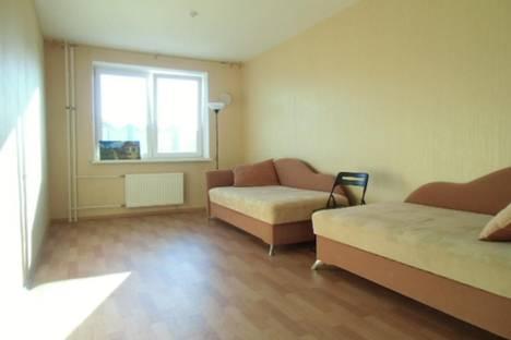 Сдается 4-комнатная квартира посуточно, Союзный проспект, 6 к 1.