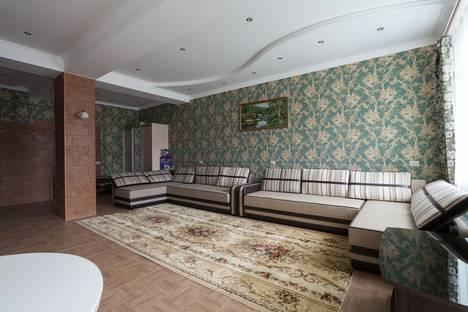 Сдается 1-комнатная квартира посуточнов Домбае, Карачаевская 60.