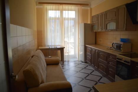 Сдается 1-комнатная квартира посуточно в Домбае, Карачаевская 60.