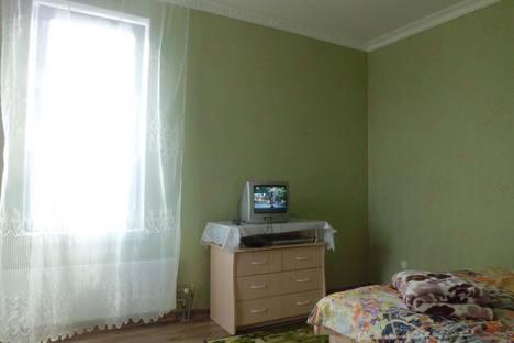 Сдается 1-комнатная квартира посуточно в Среднеуральске, Набережная 1В.