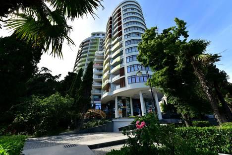Сдается 1-комнатная квартира посуточнов Береговом, Набережная им. Ленина 4.
