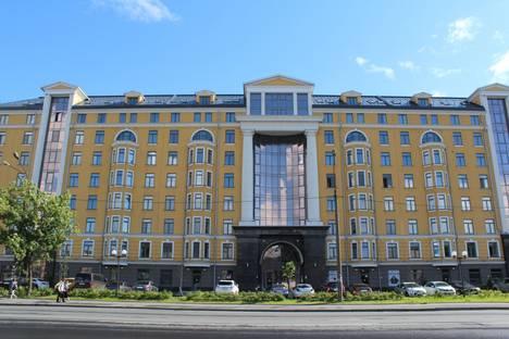 Сдается 1-комнатная квартира посуточнов Санкт-Петербурге, наб. Обводного канала д.108.