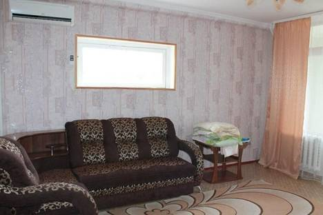Сдается 3-комнатная квартира посуточнов Казани, Лесная, 25 а.
