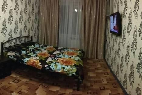 Сдается 2-комнатная квартира посуточно в Ялте, Руданского, 24.