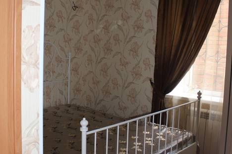 Сдается 2-комнатная квартира посуточно в Новочеркасске, спуск Ермака 56.