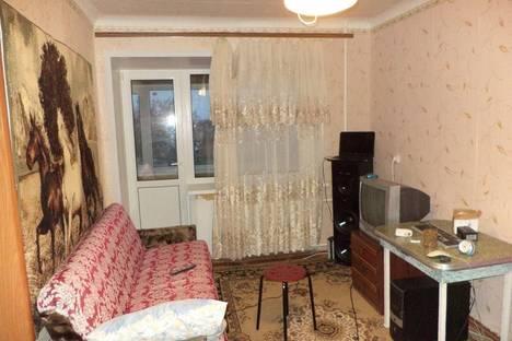 Сдается 1-комнатная квартира посуточно в Яровом, ул. Ленина, 1.