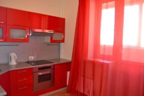 Сдается 1-комнатная квартира посуточнов Тюмени, Газовиков 49.