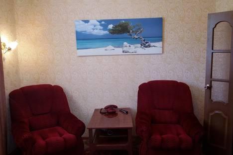 Сдается 2-комнатная квартира посуточнов Яровом, Ул.Ленина, 2.