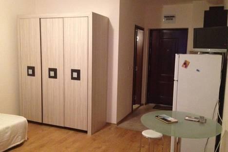 Сдается 1-комнатная квартира посуточнов Равде, Апполон, 8.