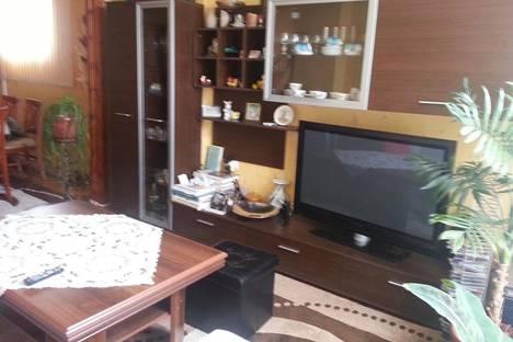 Сдается 4-комнатная квартира посуточнов Помории, Яворов, 11.