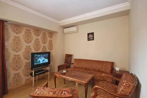 Сдается 3-комнатная квартира посуточно в Ереване, проспект Саят-Новы, 4.