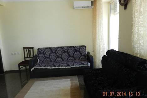 Сдается 3-комнатная квартира посуточно, царя Парнаваза, 128.