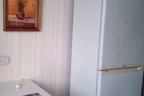 Сдается 2-комнатная квартира посуточно в Чехове, ул. Московская,83.