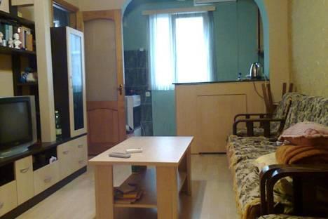 Сдается 2-комнатная квартира посуточно в Батуми, Горгасали, 141.