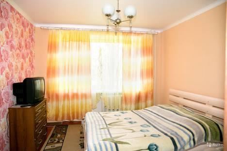 Сдается 2-комнатная квартира посуточнов Будённовске, 3 мкр,16.