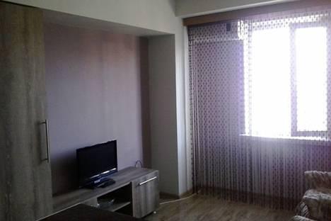 Сдается 1-комнатная квартира посуточно в Батуми, 26 Мая, 10/12.
