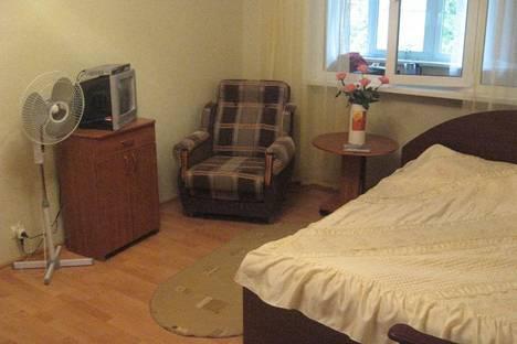 Сдается 2-комнатная квартира посуточнов Пицунде, Рыбзаводская, 81.