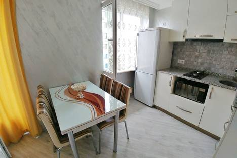 Сдается 2-комнатная квартира посуточно в Батуми, Грибоедова, 5.