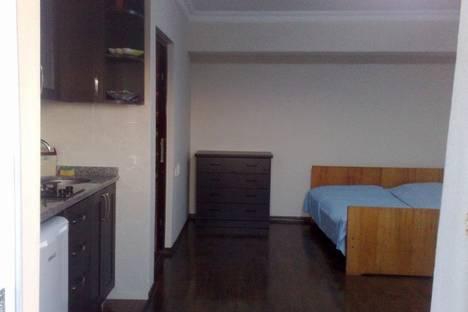 Сдается 1-комнатная квартира посуточно в Батуми, Бесики, 44.