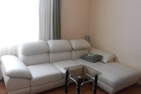 Сдается 3-комнатная квартира посуточнов Пицунде, ул. Агрба, 37.