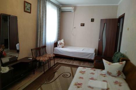 Сдается 2-комнатная квартира посуточно в Пицунде, ул. Агрба, 37.