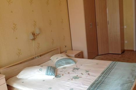 Сдается 2-комнатная квартира посуточно в Великом Новгороде, Ул.Большая Санкт - Петербургская ,108 кор.5.