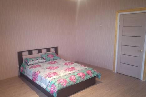Сдается 3-комнатная квартира посуточно в Волгограде, проспект Ленина, 16.