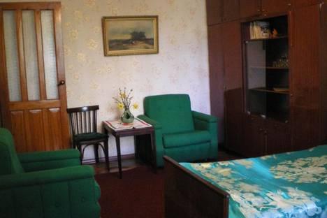 Сдается 1-комнатная квартира посуточно в Сухуме, Сахарова, 25.