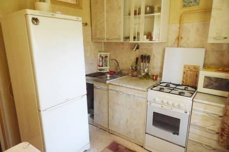Сдается 1-комнатная квартира посуточно в Адлере, Ленина 48.