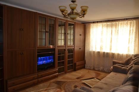 Сдается 3-комнатная квартира посуточнов Николаевке, улица Интернациональная 41.