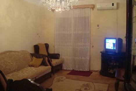 Сдается 3-комнатная квартира посуточно в Батуми, Абуселидзе, 4.