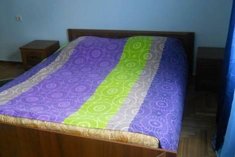 Сдается 3-комнатная квартира посуточно в Батуми, Горгасали, 7.