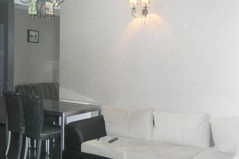 Сдается 2-комнатная квартира посуточно в Батуми, Горгасали, 9.