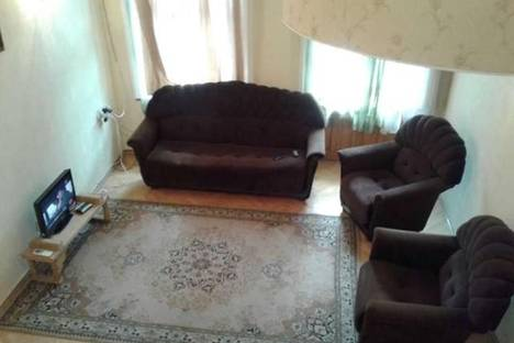 Сдается 2-комнатная квартира посуточно в Тбилиси, Грибоедова, 34.