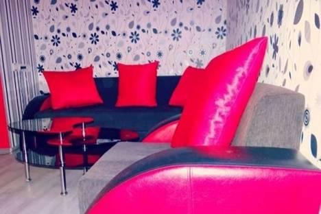 Сдается 2-комнатная квартира посуточно в Тбилиси, проспект Руставели, 14.