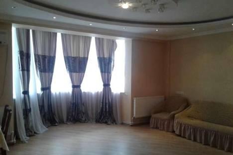 Сдается 3-комнатная квартира посуточно в Тбилиси, Горгасали, 8.