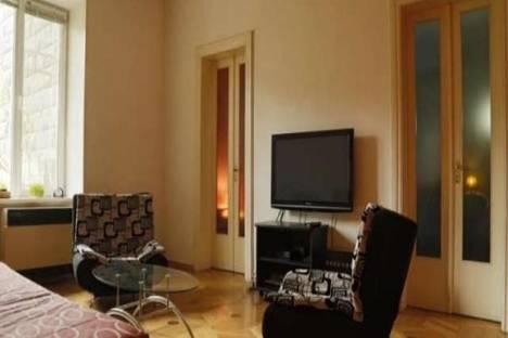 Сдается 3-комнатная квартира посуточно, Марджанишвили, 3.