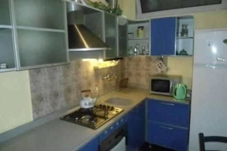 Сдается 3-комнатная квартира посуточно, Джанашия, 19.