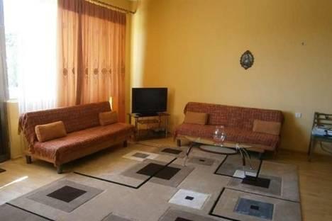 Сдается 3-комнатная квартира посуточно в Тбилиси, Костава, 26.