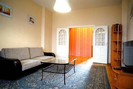 Сдается 3-комнатная квартира посуточно в Минске, Свердлова, 22.